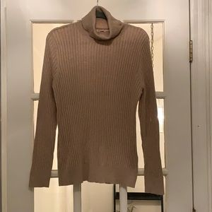 Tan Croft and Barrow turtleneck sweater